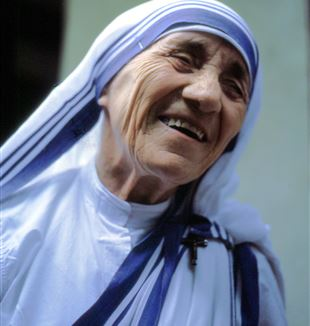 Mother Teresa of Calcutta. Photo by Manfredo Ferrari via Wikimedia Commons