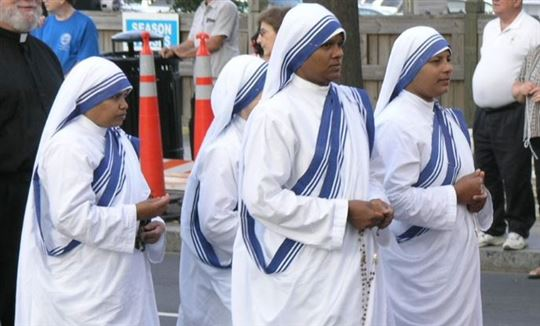 Missionaries of Charity. Wikimedia Commons