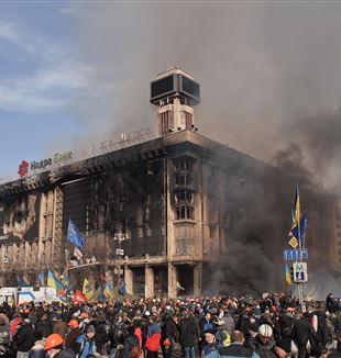 Maidan Square during the 2014 Ukrainian Revolt. Photo by wikimedia commons