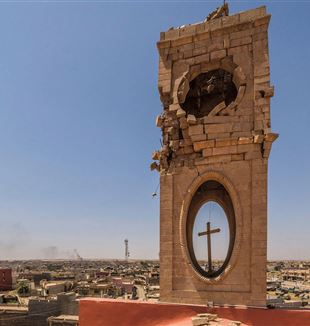 The roof of the cathedral where ISIS snipers were stationed. Photo by Stefano Melgrati
