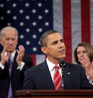 President Obama's 2010 State of the Union. Wikimedia Commons