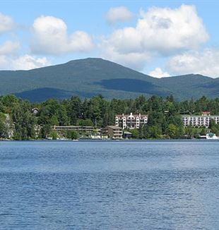 Lake Placid. Photo by Mwanner via Wikimedia Commons
