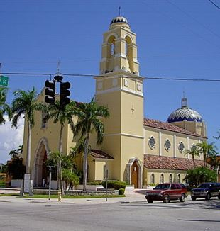 Miami Cathedral of Saint Mary. Photo by Jirodrig via Wikimedia Commons