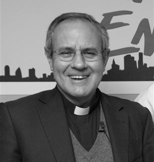Fr. Julián Carrón. Photo by David Galalis