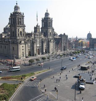 Zocalo Cathedral in Mexico City. Wikimedia Commons