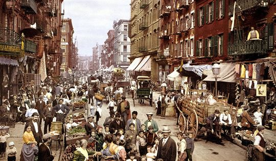 Little Italy circa 1900. Via Wikimedia Commons