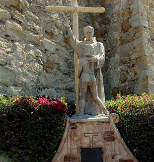 Statue of Saint Junipero Serra. Wikimedia Commons
