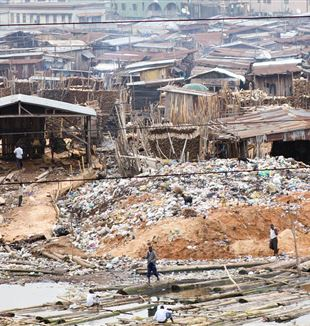 Slum of Lagos, Nigeria. Wikimedia Commonss
