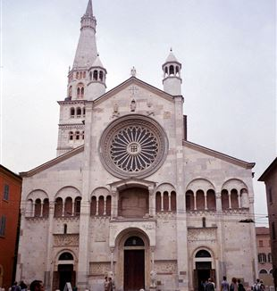 Modena Cathedral. Wikimedia Commons