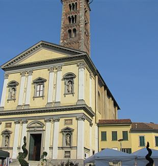 Church in Carate Brianza, Italy. Wikimedia Commons
