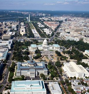 Aerial view of Washington DC. Wikimedia Commons