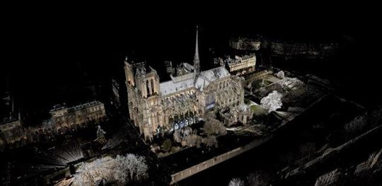 A scan of the Norte Dame cathedral. Courtesy of Marie Tallon.